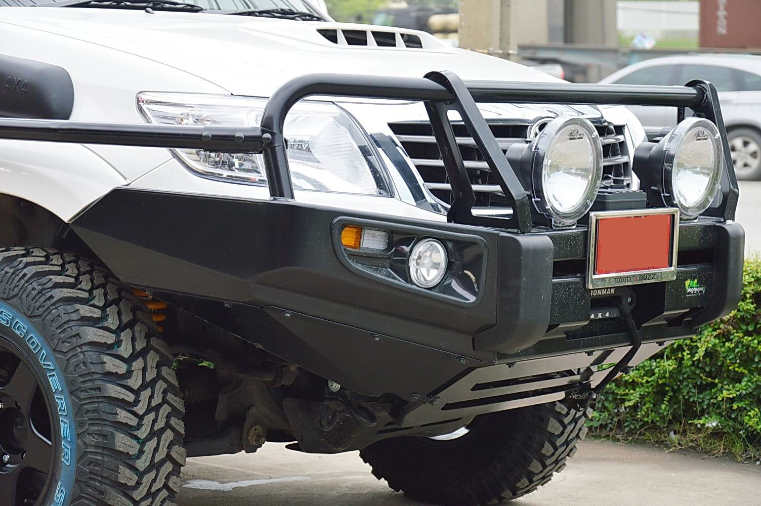 Hilux 2011 Deluxe Commercial Bull Bar Ironman 4x4 Nz